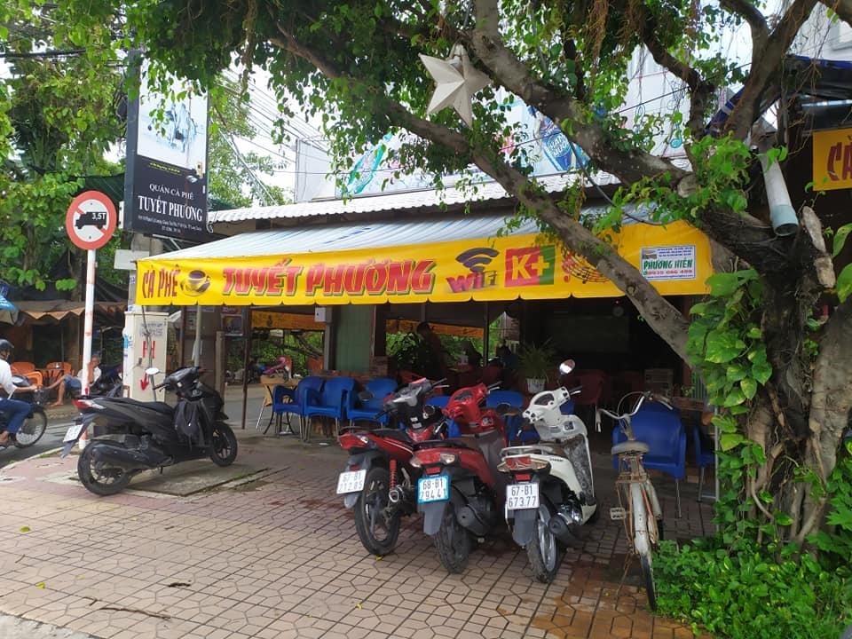 Mái Che CAFE Tuyết Phương